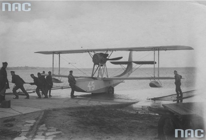 Hydroplan Schreck FBA - 17HMT2 na pochylni