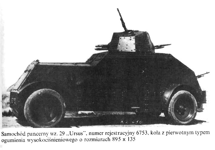 """Samochód pancerny """"Ursus"""" numer rejestracyjny 6753"""